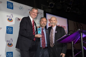 New York City Mayor Bill De Blasio (left) receives the MEUSA 2014 Ally Honoree Award from Michael Sabatino (center) and Robert Voorheis (right)